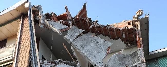 Sisma in Emilia: morte e distruzione, 16 vittime