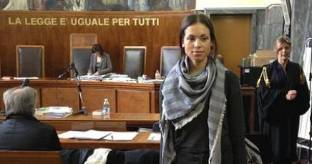 "Ruby torna in tribunale: tanti i ""non ricordo"" e ""non so"""