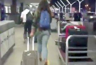 Terrore all'aeroporto di Los Angeles, arrestato Zorro. Il video